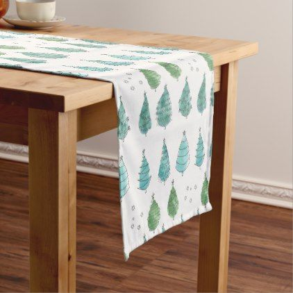 Christmas Table Runner Quilted Using Benartex In Reds Teals Christmas Table Runner Quilted Table Runners Table Runners