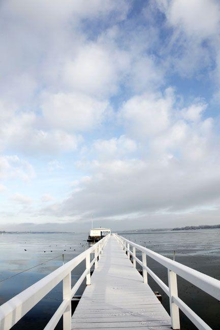 Steg ins Meer hinein - Kiel.