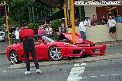 Wrecked Ferrari Modena Crash Supercar Supercar Smashes