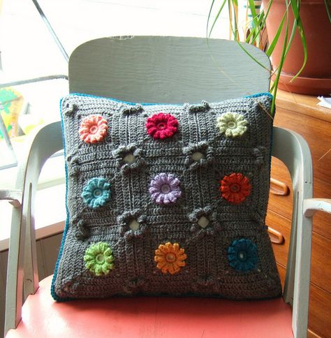 Pillow cover - new pattern by solgrim, via Flickr
