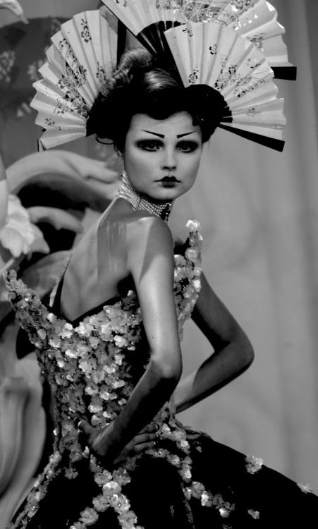 Vintage John Galliano @ Christian Dior. Oriental fans head dress.