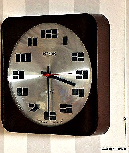 Horloges De Cuisine In 2020 Brown Wall Clocks Vintage Clock Retro Wall Clock