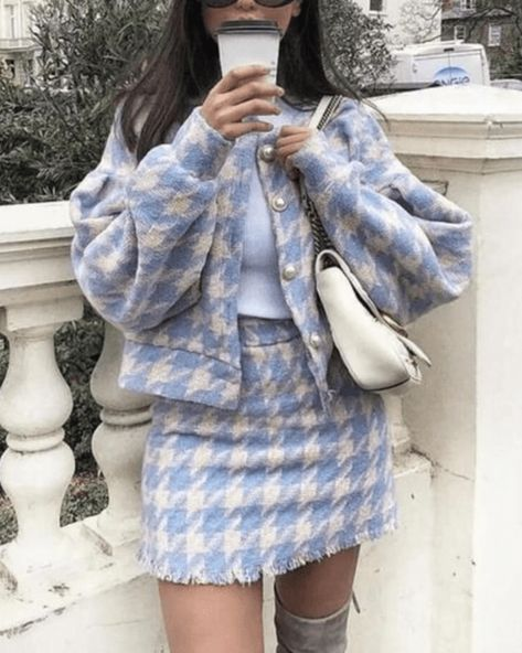 10 Fashion Favorites For Fall 2020 - Society19 Cute Casual Outfits, Girly Outfits, Retro Outfits, Fall Outfits, Vintage Outfits, Preppy Dresses, Fashion Vintage, Tweed Outfit, Outfit Chic