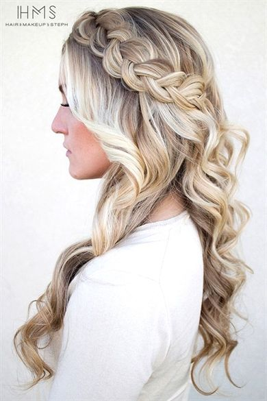 Hair And Make Up By Steph One On One Class Hairstyles For Maternity Photo Shoot Maternity Photogr Easy Homecoming Hairstyles Hair Styles Medium Hair Styles