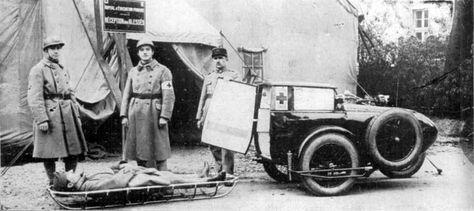 A René Gillet betegszállítómotorkerékpár a francia katonaság szolgálatában. In: Automobil motorsport 4. évf. 5. sz. (1929.) / EPA OSZK.