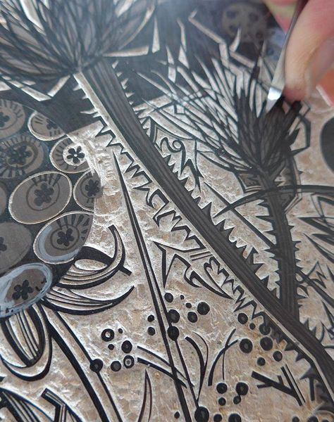 Angie Lewin working on a new wood engraving http://www.angielewin.co.uk