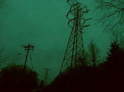 """""""Mä aloin näkeen maailman vihreenä kun mä olin neljätoista. Sen jälkeen se on pysynyt sellasena."""""""