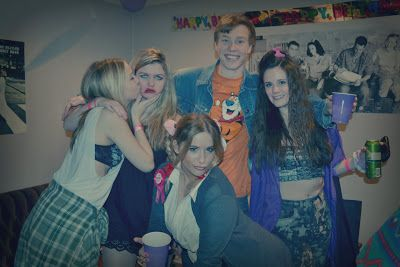 ohsummercandy: How To Throw The Ultimate 90s Themed Party
