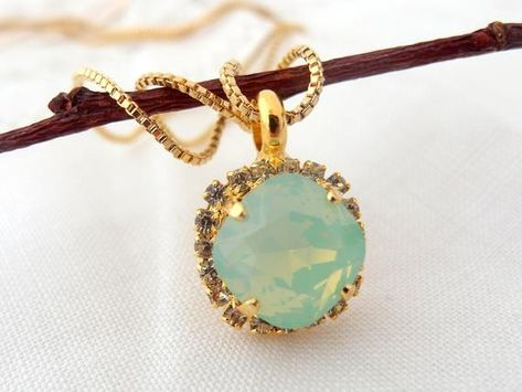 #weddings #jewelry #necklaces #goldnecklace #vintagenecklace #bridesmaidnecklace #bridesmaidgifts #bridalnecklace #bridaljewelry #crystalnecklace #mintnecklace #mintwedding #mintgreen #opalnecklace #mintbridesmaid