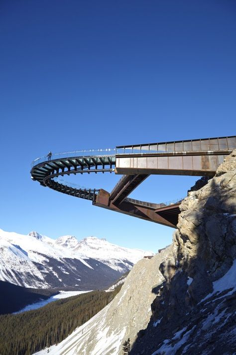 Glacier Skywalk Canada /Jasper National Park in Alberta, Canada