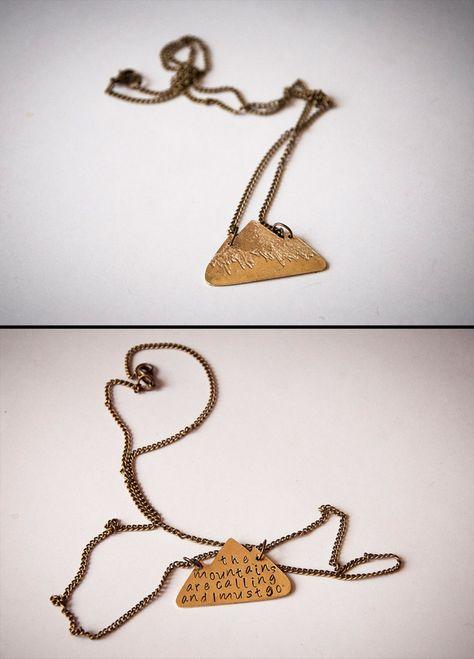 Statement Ketten - Halskette mit Gebirge und gravierte Schriftzug - ein Designerstück von SilviaWithLove bei DaWanda