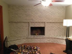 User Submitted Photo Using Lowes Faux Finishing Paint Method White Wash Brick Fireplace Brick Fireplace Makeover Painted Brick Fireplaces