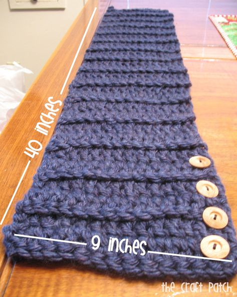 The Craft Patch: Easy Crochet Side Button Scarf Col Crochet, Crochet Buttons, Chunky Crochet, Easy Crochet, Crochet Shawl, Crochet Crafts, Crochet Stitches, Crochet Projects, Crochet Patterns