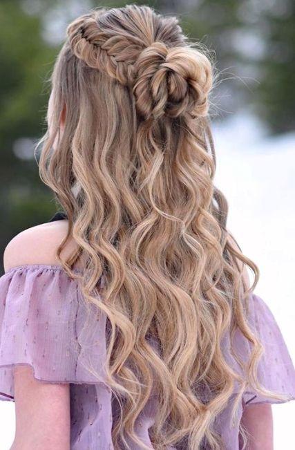 20 Adorable Beach Wave Hair Style Coiffure De Bal Style De Cheveux Coiffure Mariee Cheveux Mi Longs