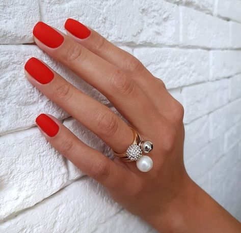 Christmas Nails Design in Winter 2018