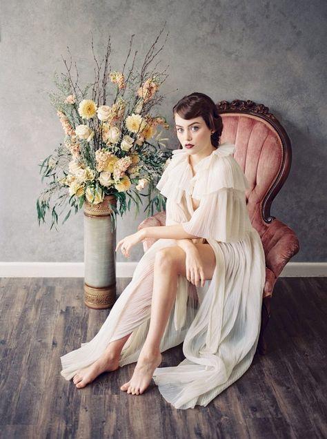 Chic 1920s Inspired Boudoir Shoot - Chic Vintage Brides : Chic Vintage Brides