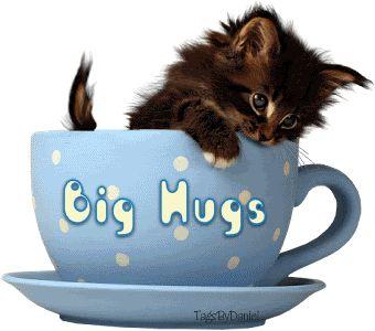 Cute Hugs and Kisses Graphics | HUGS*