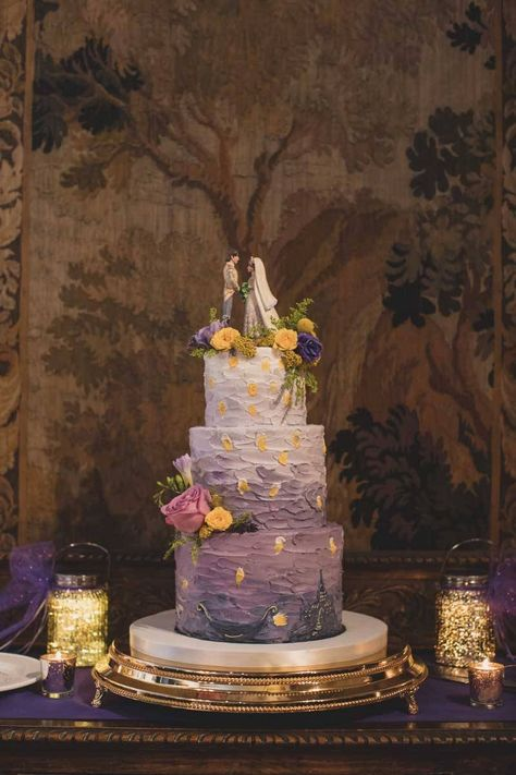 Disney Wedding Cakes - Orange Blossom Bride Disney Wedding Cakes - Orange Blossom Bride Lena bookprincez Wedding Rapunzel Wedding Cake by Le Petit Sweet - Great List of Disney Wedding Cakes Black Wedding Cakes, Wedding Cupcakes, Purple Wedding, Dream Wedding, Disney Wedding Cakes, Disney Wedding Themes, Princess Wedding Cakes, Disney Themed Cakes, Disney World Wedding