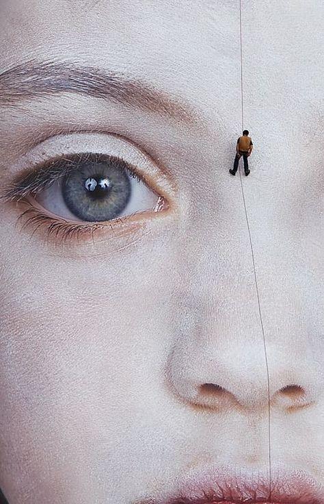 Artist : Gottfried Helnwein WOW