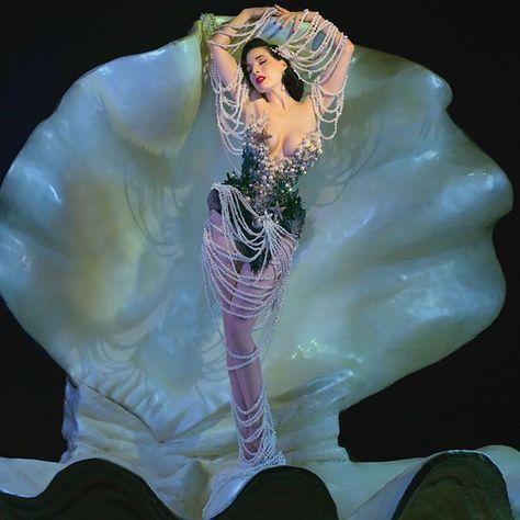 """From Franz: """"Venus"""" Von Teese. Portrait of Dita Von Teese posing in a corset… From Franz:"""