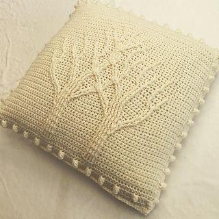 Ravelry: lauredhel's Tree of Life Pillow (Crochet)   Mom   Afghan