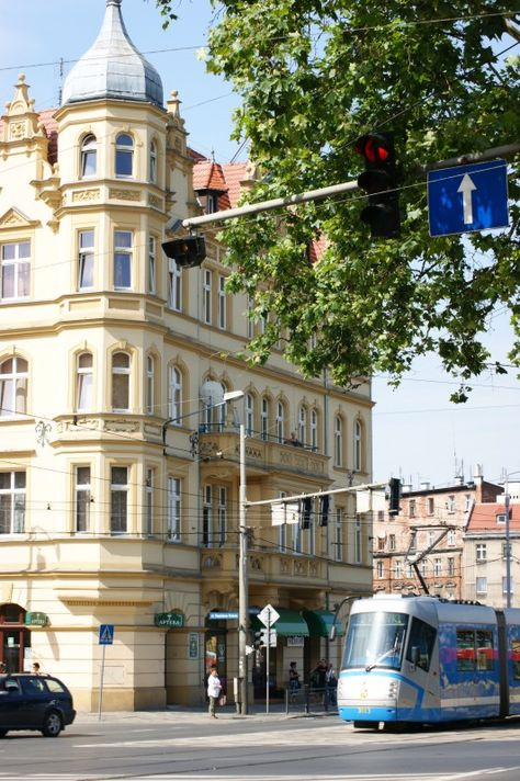 Wroclaw Wrocław urban scape. Kamienica Pod Słońcem. ul. Dubois