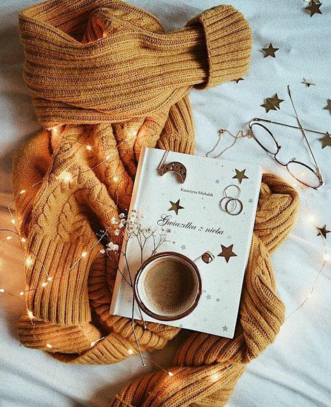 | October | Chai Lattes, Autumn Words, Cozy Pumpkin & Spice Sweaters