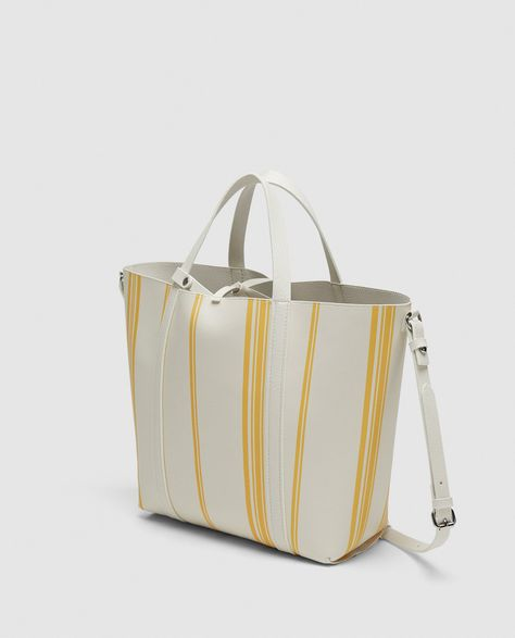 9a369b61d62 Image 1 of REVERSIBLE TOTE BAG from Zara