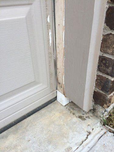 Rot And Rodent Proof Garage Door Seal With Pvc And Weatherstripping Garage Door Seal Garage Decor Door Seals