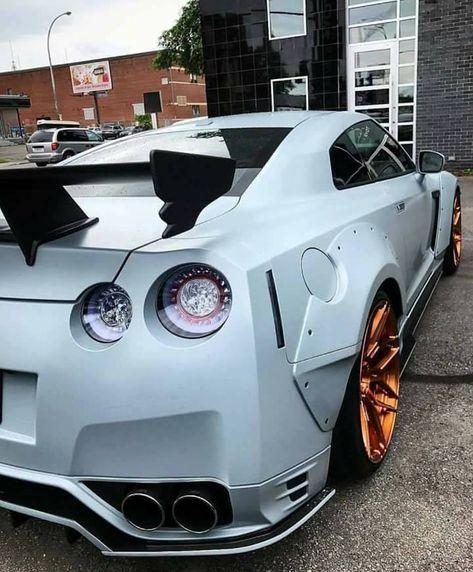 lifestyle Nissan GT-R Nismo White /...