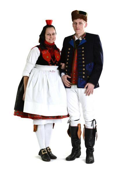 Schwalmer Tracht Hessische Vereinigung Fur Tanz Und Trachtenpflege Hessisch Hessen Trachten