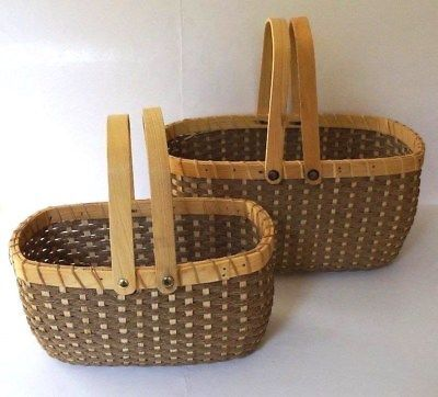 Ebay Ad Link Vintage Oval Shape Woven Solid Wood Wicker Basket With Handles 2 Piece Set With Images Wicker Baskets With Handles