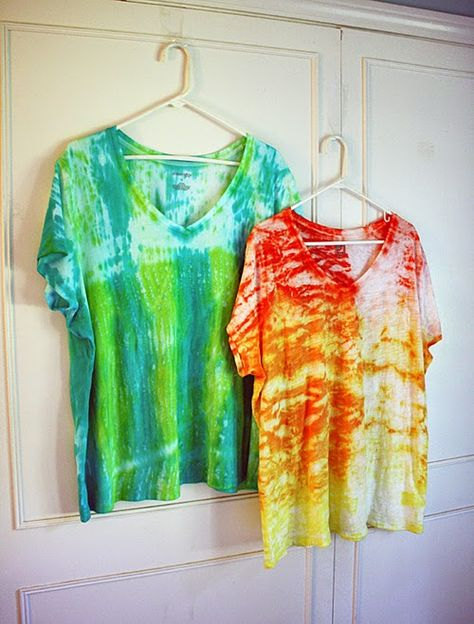 DIY Shibori Tie Dye Top Tutorial
