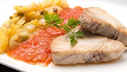 Receta De Bonito Con Tomate Y Patatas Karlos Arguiñano Receta Bonito Con Tomate Recetas De Bonito Atun Con Tomate