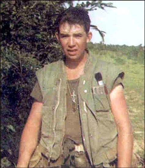Virtual Vietnam Veterans Wall of Faces | JAMES L MELVIN | MARINE CORPS