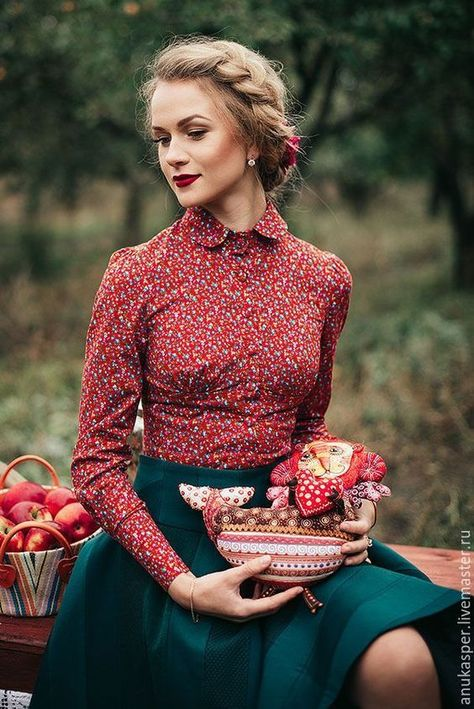 Channel Out Vintage Fashion With 11 Expert Tips
