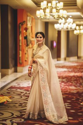 Gorgeous White Saree With Gota Border For Reception Party See More On Wedmegood Com Wedmegood Indianwedding Indianbride Reception Sarees Saree Trends Bride
