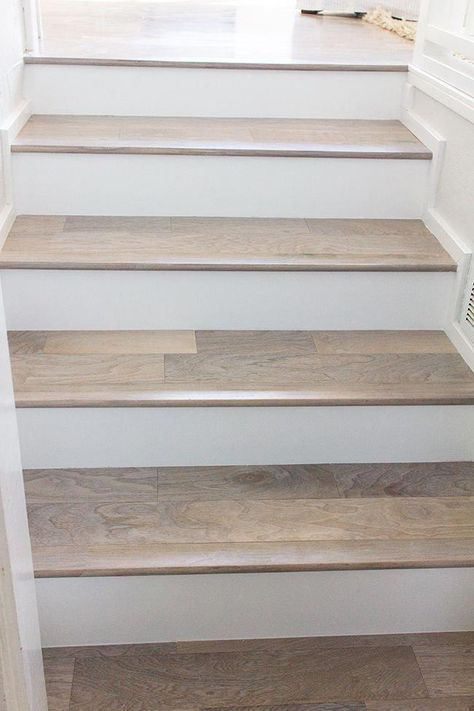 Pin By Marta Schmitt On House And Home In 2020 Diy Staircase Laminate Stairs Hardwood Stairs