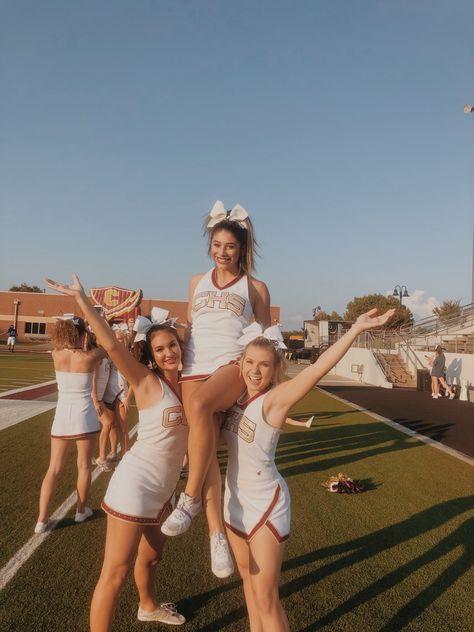 vsco : alannanevaeh7 💋 Cheerleading Shirts, Cheer Shirts, Cheerleading Pictures, School Cheerleading, Cheerleading Stunting, Cheer Picture Poses, Cheer Poses, Nike Internationalist, Handstand