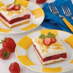 Strawberry Graham Dessert