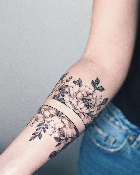 """tattoo artist on Instagram: """"bracelet in 2 sessions #ju__tattoo"""""""