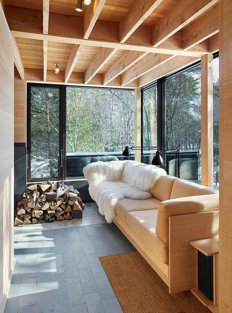 12 idées déco pour une véranda rustique et cozy -  veranda-rustique12  - #Cozy #DECO #Idées #outdoorchapel #outdoorsunroom #Pour #rustique #shedgreenhouse #shedplans #UNE #Veranda