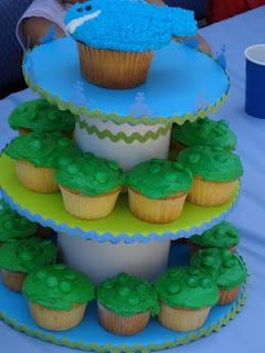 cupcakes / baby cake / stand