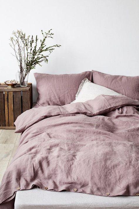 Ashes Of Roses Stone Washed Leinen Bettbezug von LinenTalesInBed