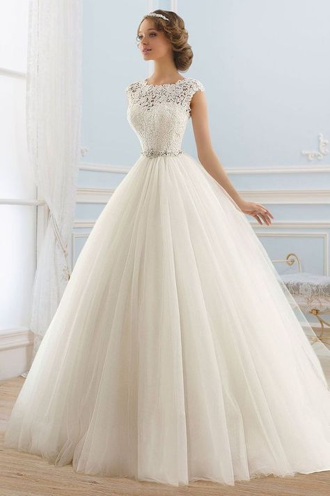 2017 Deep V Back Scoop Wedding Dresses A Line Tulle With Applique And Sash US$ 2...