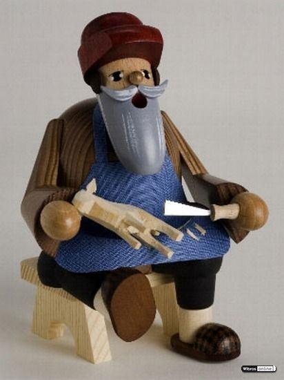 Smoker Wood Carver - 16cm / 6 inches $58.00 plus shipping