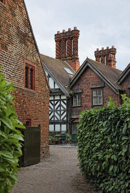 Wightwick Manor. National Trust | Flickr - Photo Sharing!
