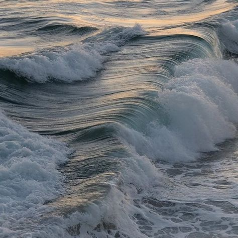 ocean, aesthetic, and waves image No Wave, Summer Aesthetic, Blue Aesthetic, Water Aesthetic, Aesthetic Beauty, Aesthetic Body, Summer Vibes, Summer Beach, All Nature