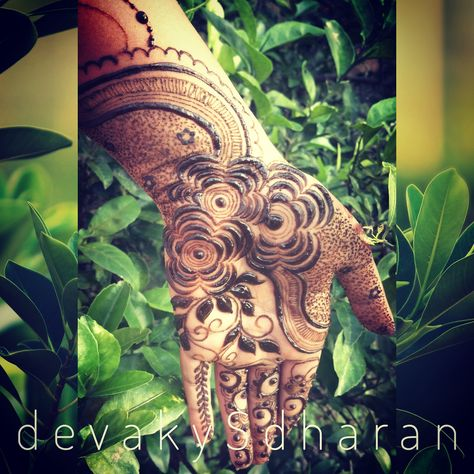 Hennaed version of my latest design. Arabic henna design.