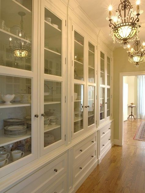 Traditional Dining Design Ideas, Pictures, Remodel and Decor - Pepino Home Decor Kitchen Butlers Pantry, Butler Pantry, New Kitchen, Pantry Cabinets, Pantry Doors, Glass Cabinets, China Cabinets, Glass China Cabinet, Dish Cabinet